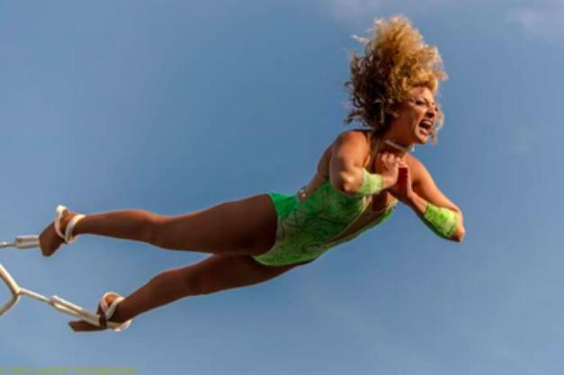Hansen Spectacular Acrobatic Thrill Show