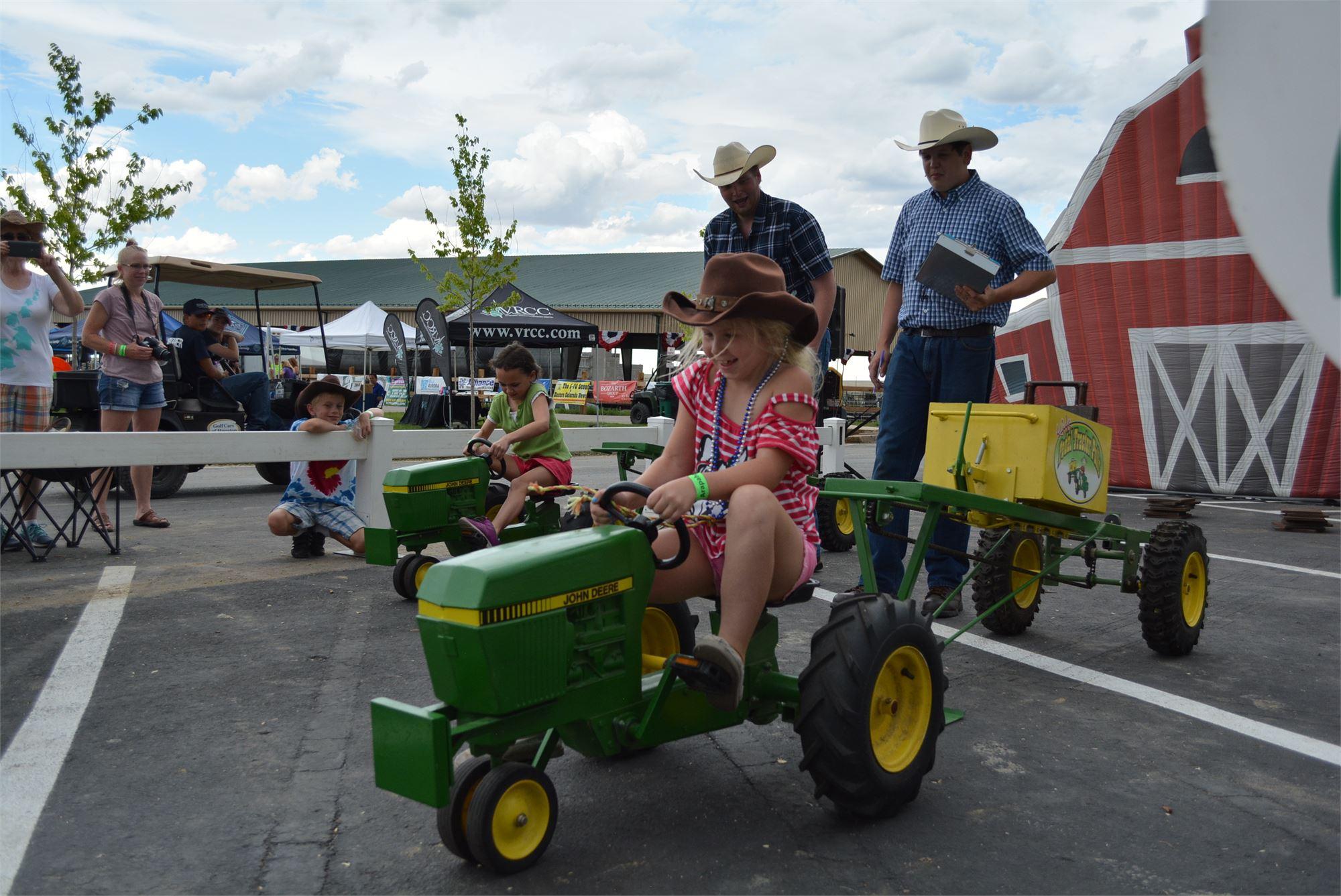 Kids Tractor Pulls