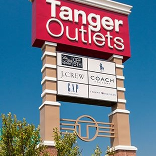 06494e85 Tanger Outlet Mall