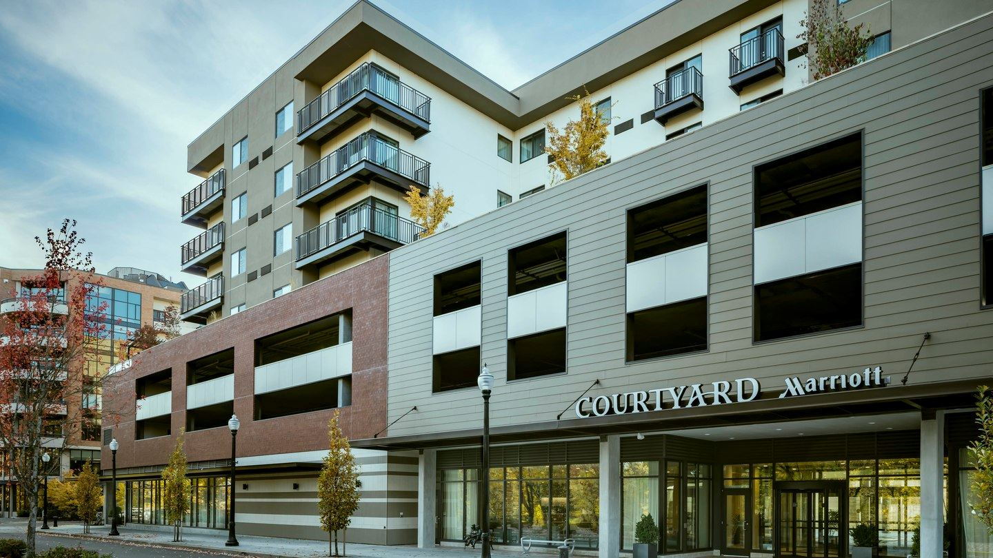 Exterior Courtyard by Marriott - Corvallis