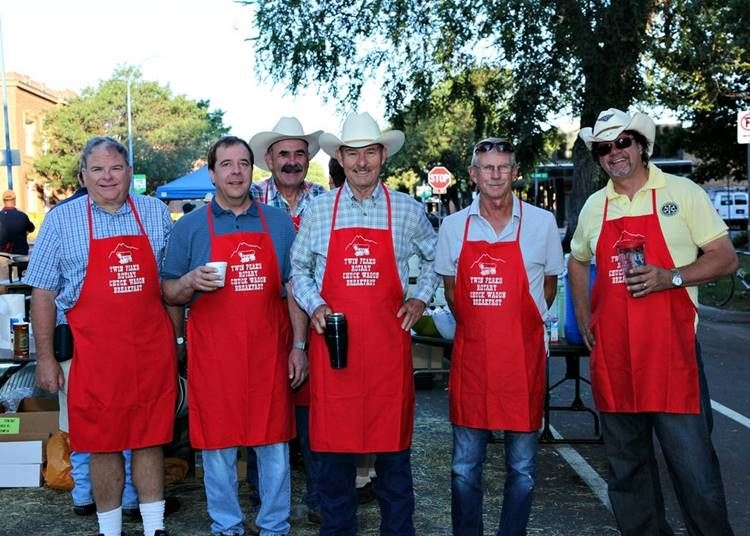 Rotarians working at the Chuck Wagon breakfast
