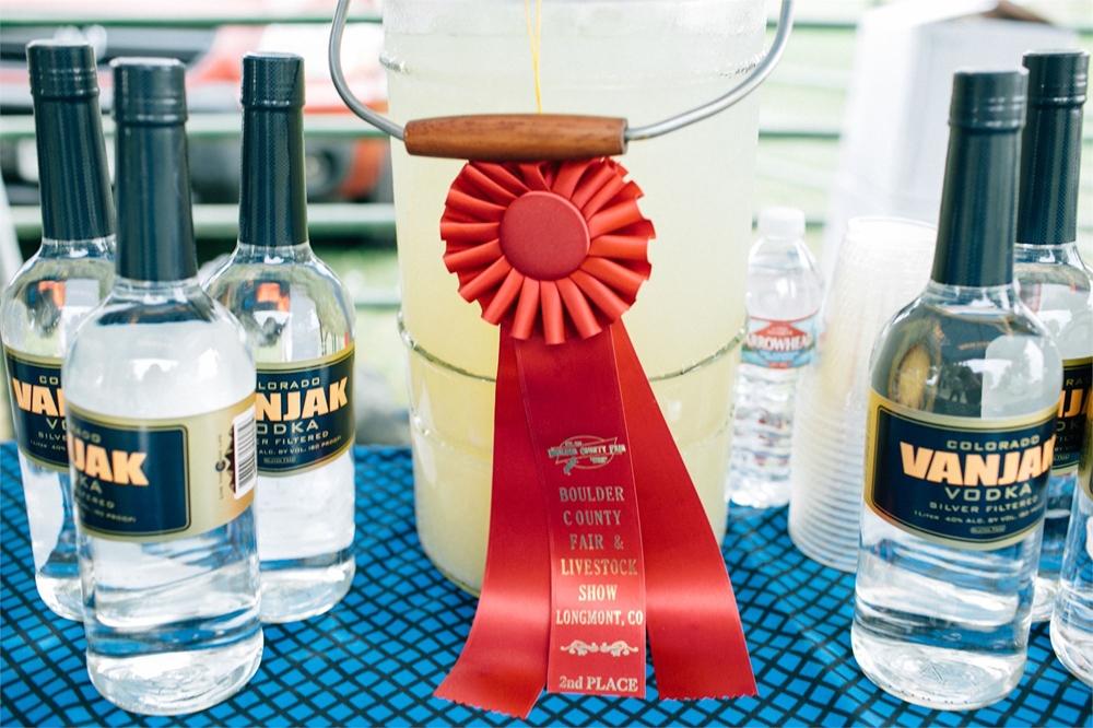 Vanjak Vodka display