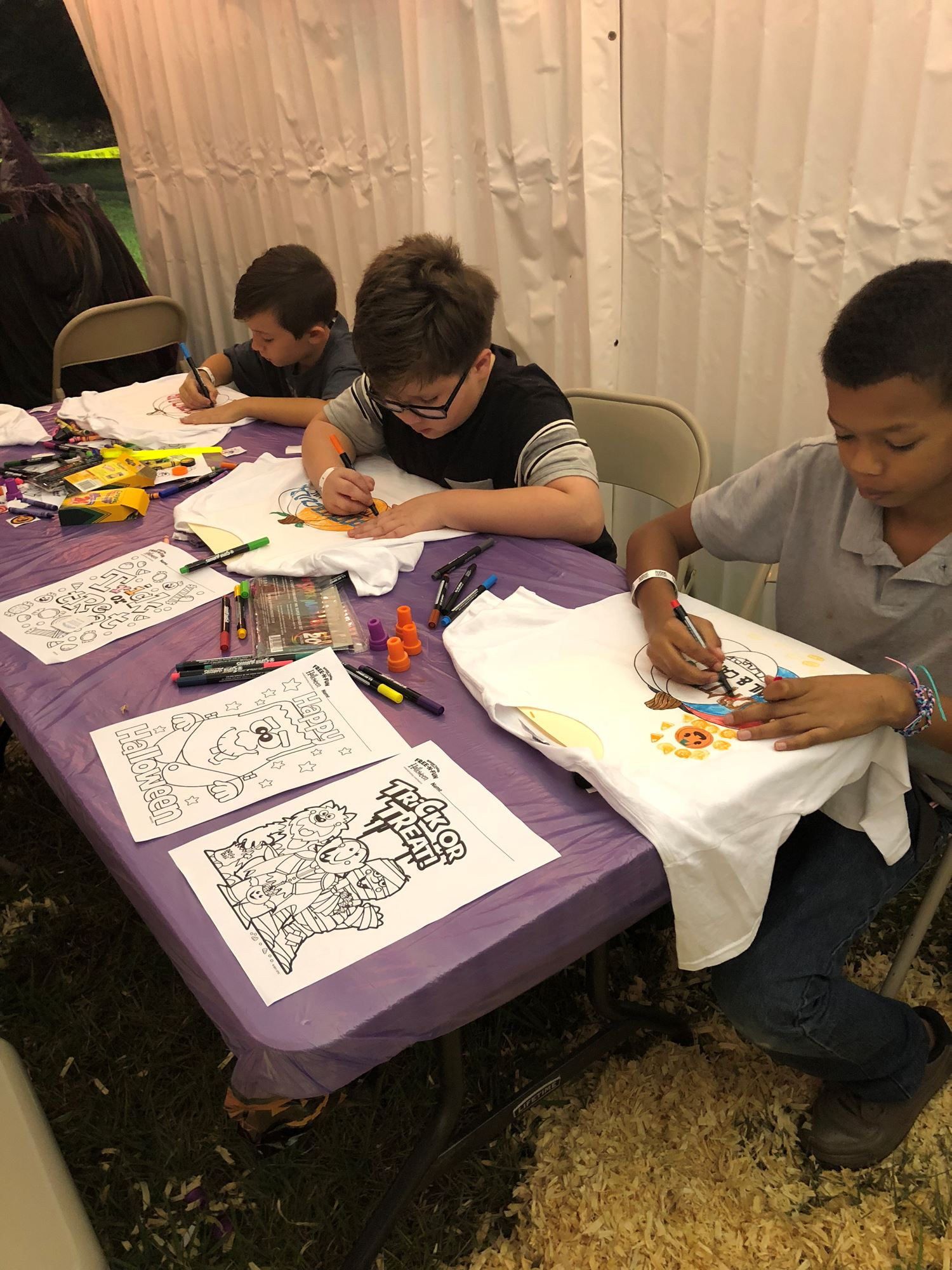 Kids Craft Zone - Sponsored by Sisters Designs