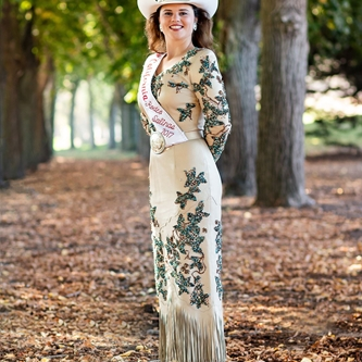 SIX YOUNG LADIES TO COMPETE FOR MISS CALIFORNIA RODEO SALINAS 2018 TITLE