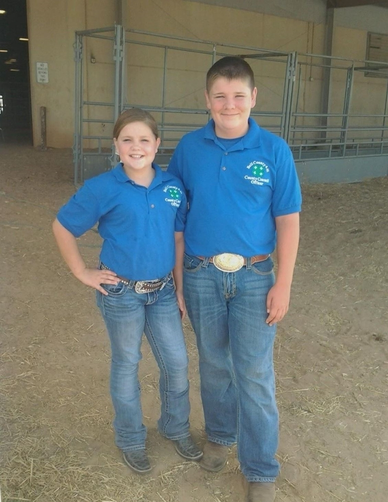 Lexy and Wesley volunteering at the livestock show on Saturday!