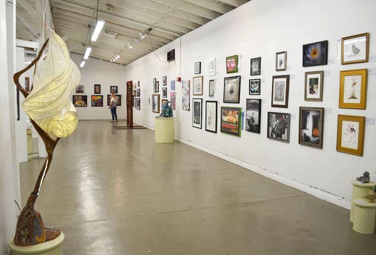 D Art Exhibition Jbr : Fine arts exhibition