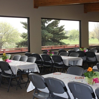 The Heart River Retreat in Dickinson, ND overlooks the Heart River Golf Course and is a great space ready to accommodate your next meeting or event.