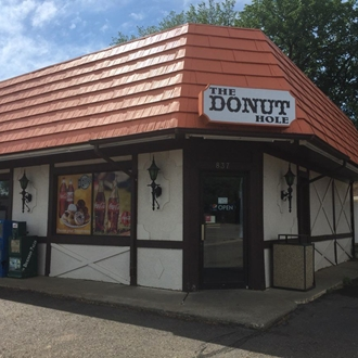 The Donut Hole in Dickinson, ND offers donuts, muffins, and caramel rolls.