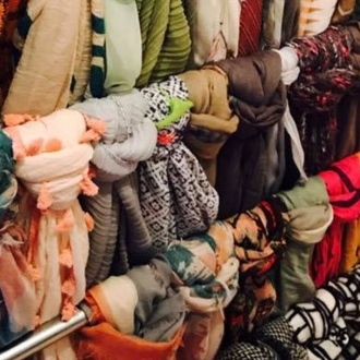 Miss Willow's Nest in Dickinson, ND offers trendy clothing, funky junk, home decor, accessories & footwear.
