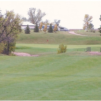 The Pheasant Country Golf Course is an 18 hole golf course in New England, ND and is a short drive from Dickinson, ND.