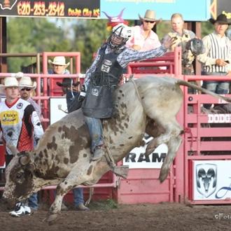 2015 Roundup Rodeo - Foto Cowboy