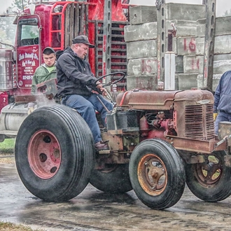 Tractor Pull (Tuesday)