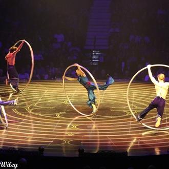 Cirque Du Soleil- Corteo