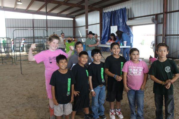 Los Fresnos Rodeo 2013 elementary calf scramble boys and girl participants.