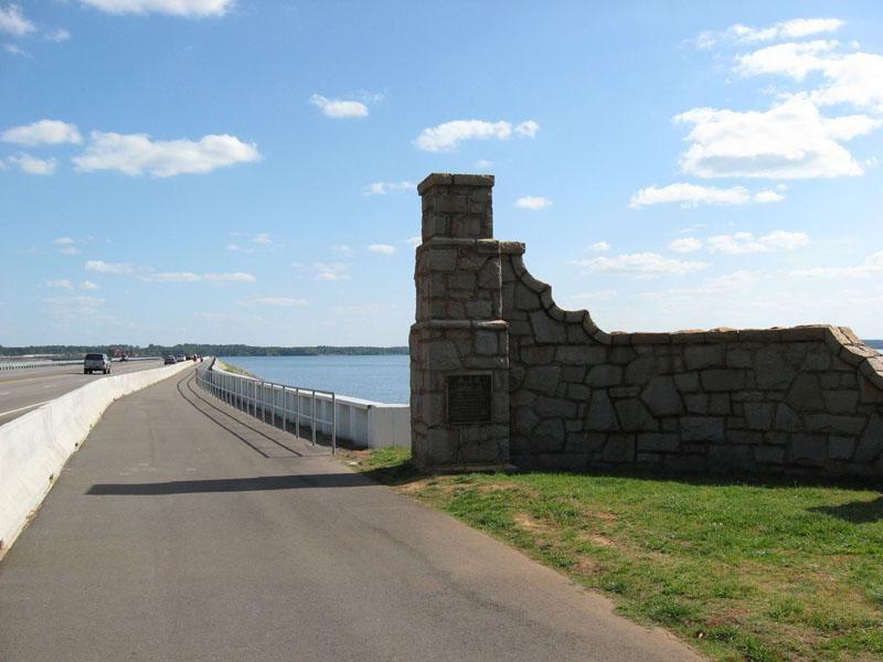 Lake Murray Dam Walkway