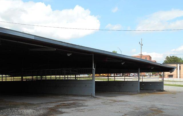 Arena Amp Barn Facilities