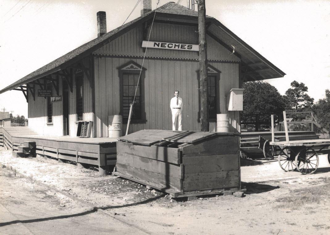 Neches Depot