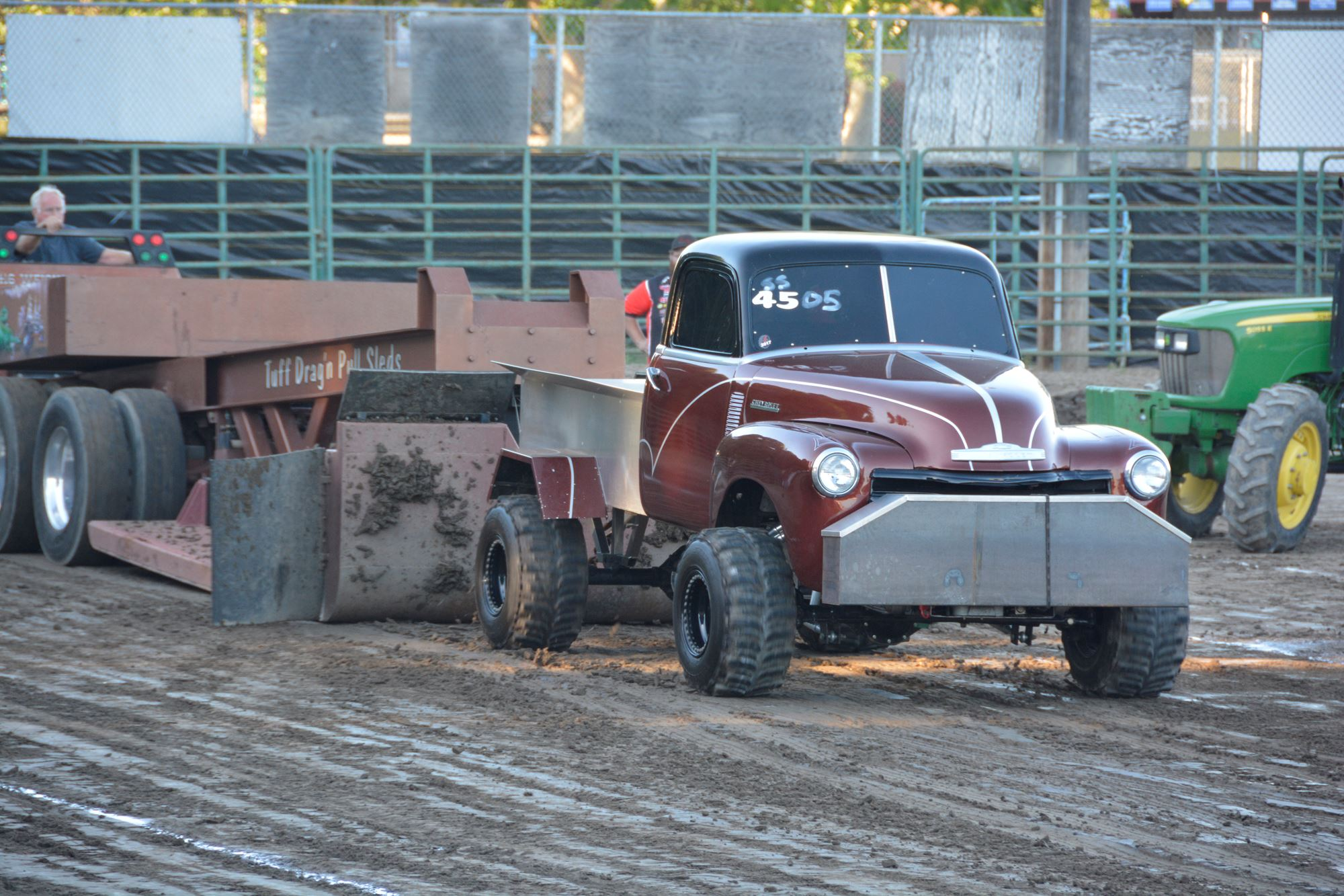 Truck pull in the arena