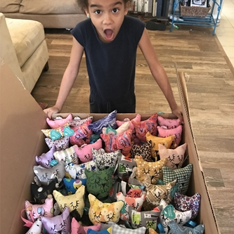3rd Grader Sews 40 Stuffed Animals to Deliver to Homeless Children on Christmas