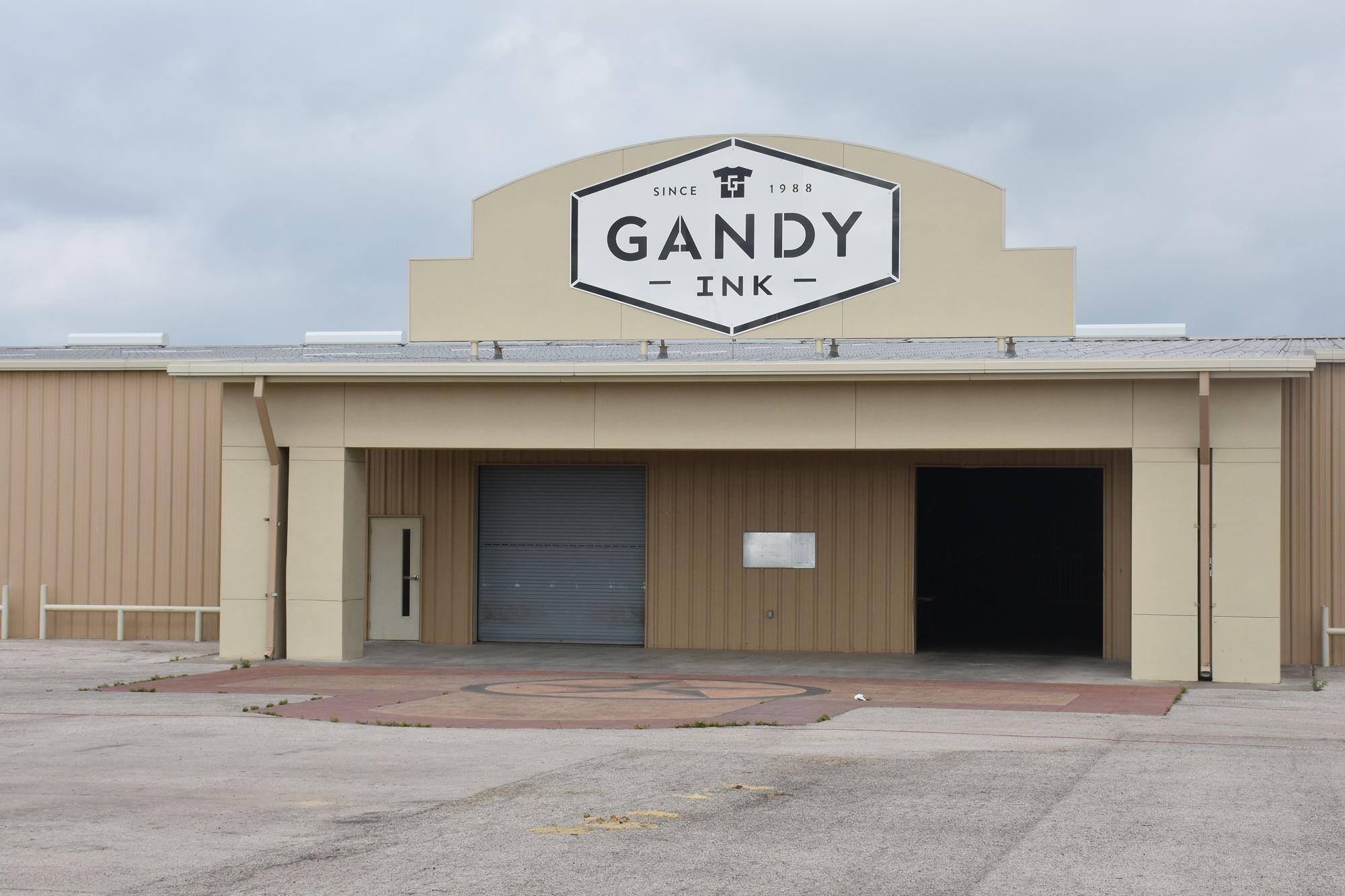 Gandy Ink Livestock Barn