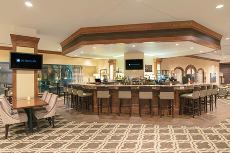 Wyndham San Antonio Riverwalk - Hotel Bar