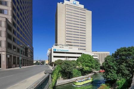 Wyndham San Antonio Riverwalk - Daytime