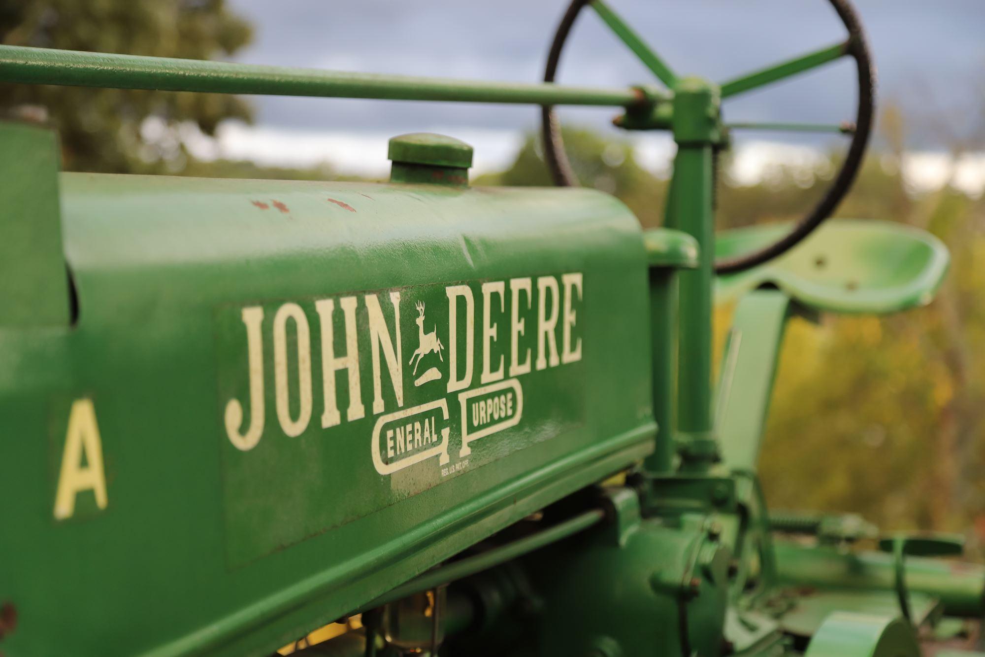 Antique Engines & Tractors