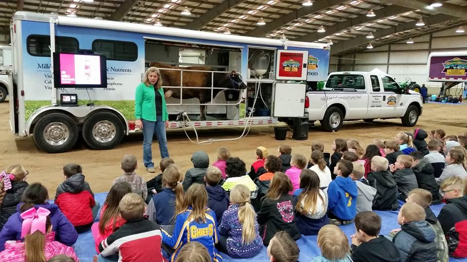 Southwest Dairy Farmer's Mobile Classroom