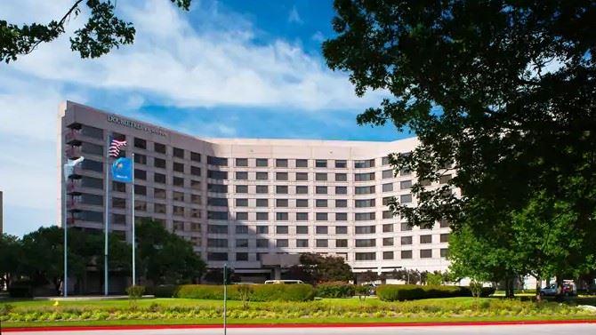 photo of Warren DoubleTree Hotel