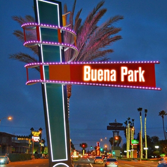Buena Park median sign