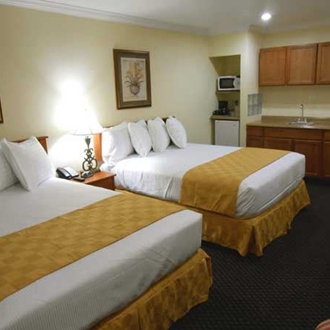 Best Host Inn room with two beds in Buena Park