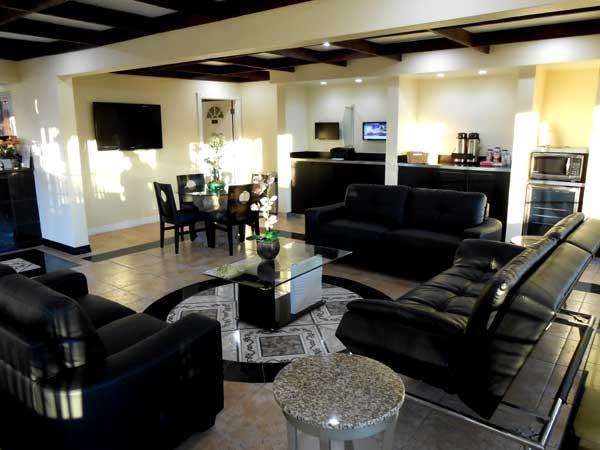 Lobby at Best Host Inn in Buena Park