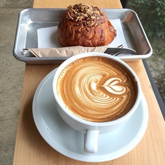 Coffee and muffin at Stereoscope Coffee