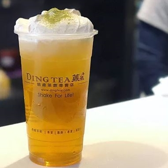 Tea in a Ding Tea cup at Ding Tea in Buena Park