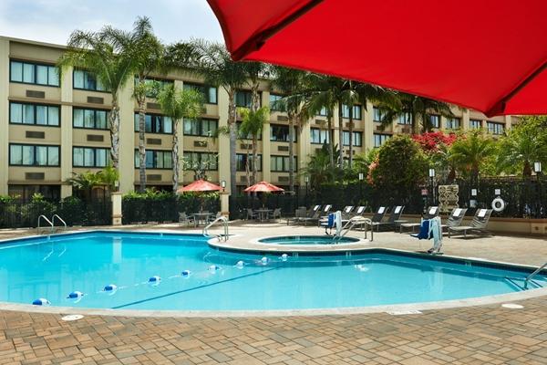 Pool at Holiday Inn in Buena Park
