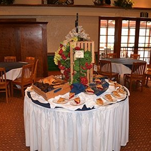 Table with desserts at Knott's Berry Farm Spurs & Hacienda in Buena Park