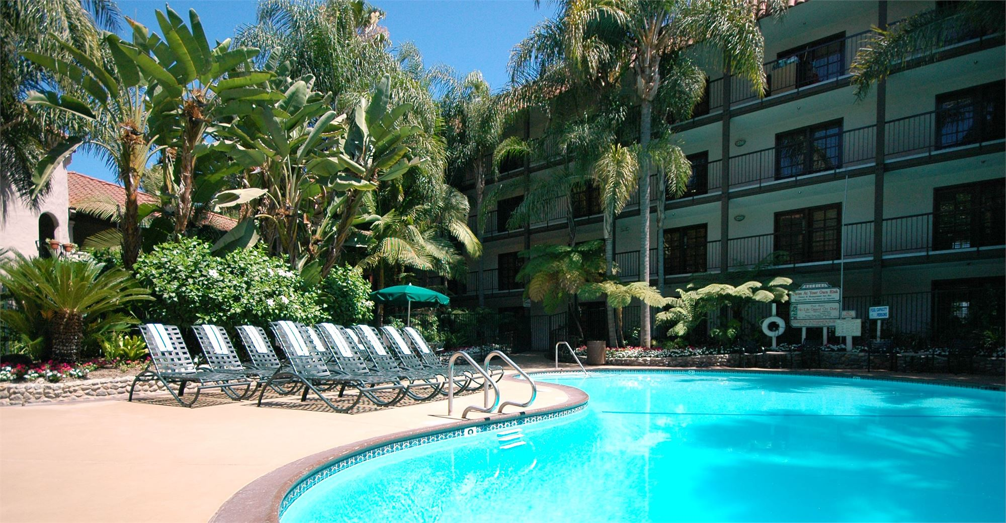 Pool at Radisson Suites in Buena Park
