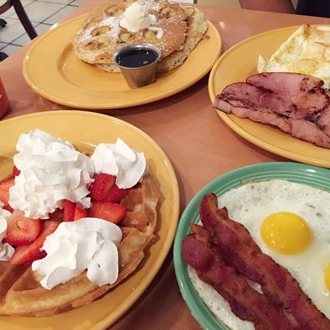 Breakfast plates at Sunrise Cafe in Buena Park