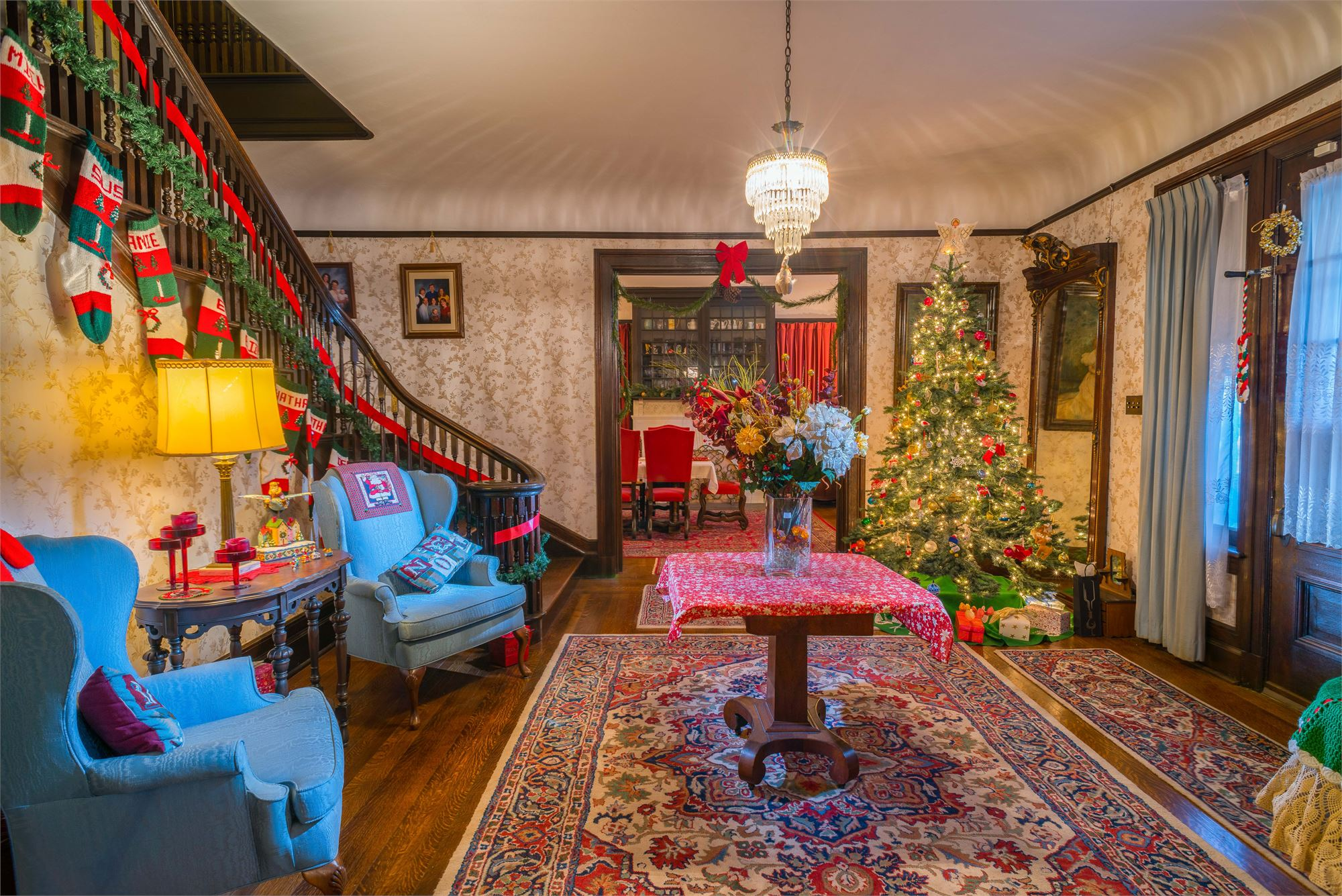 Home for the Holidays...in Murphysburg