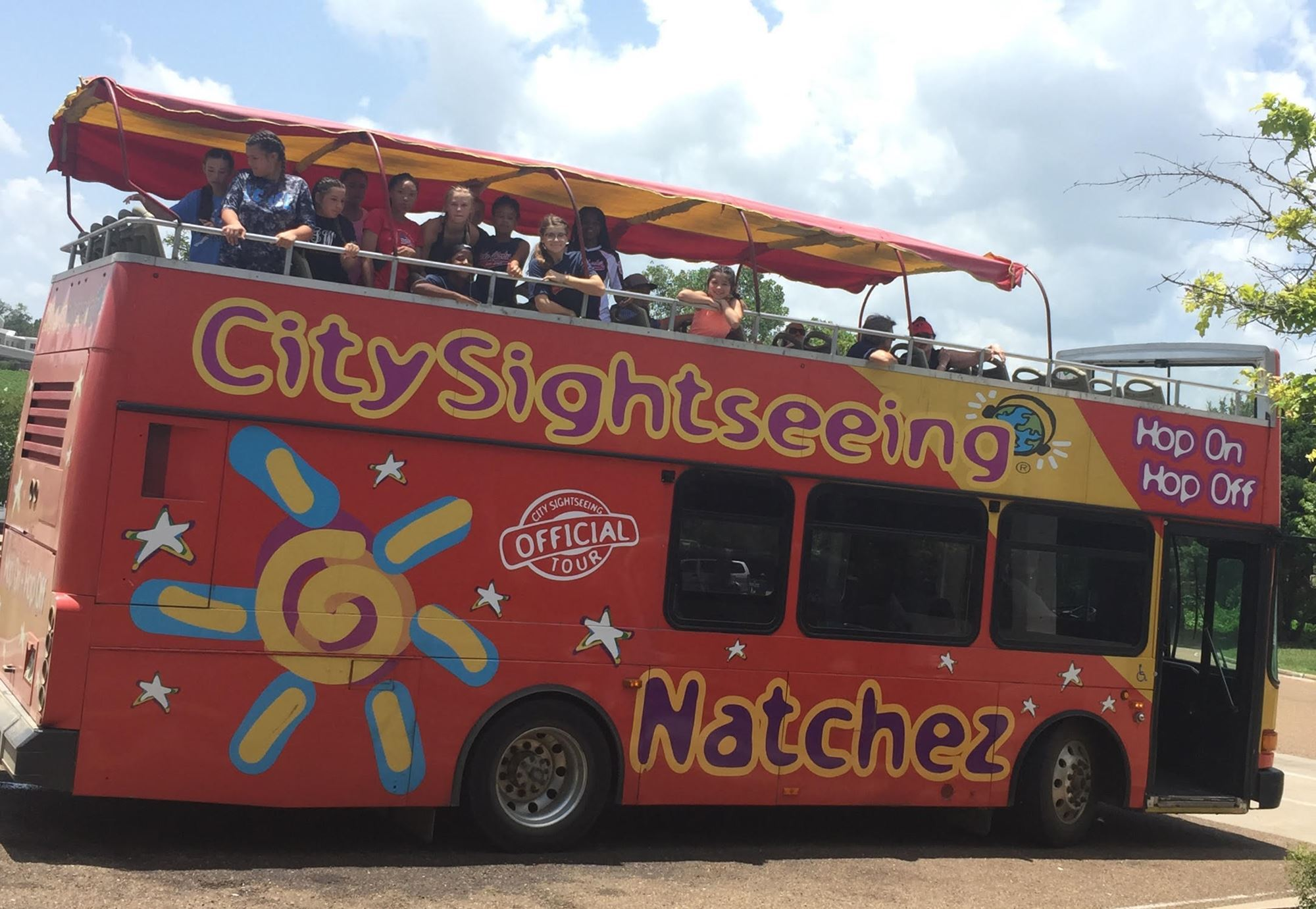 Hop on Hop off Lunch and Historic Tours All Inclusive