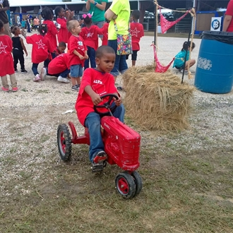Kid's Pedal Tractor Races