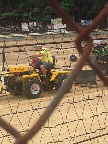 Twister articulated garden tractor