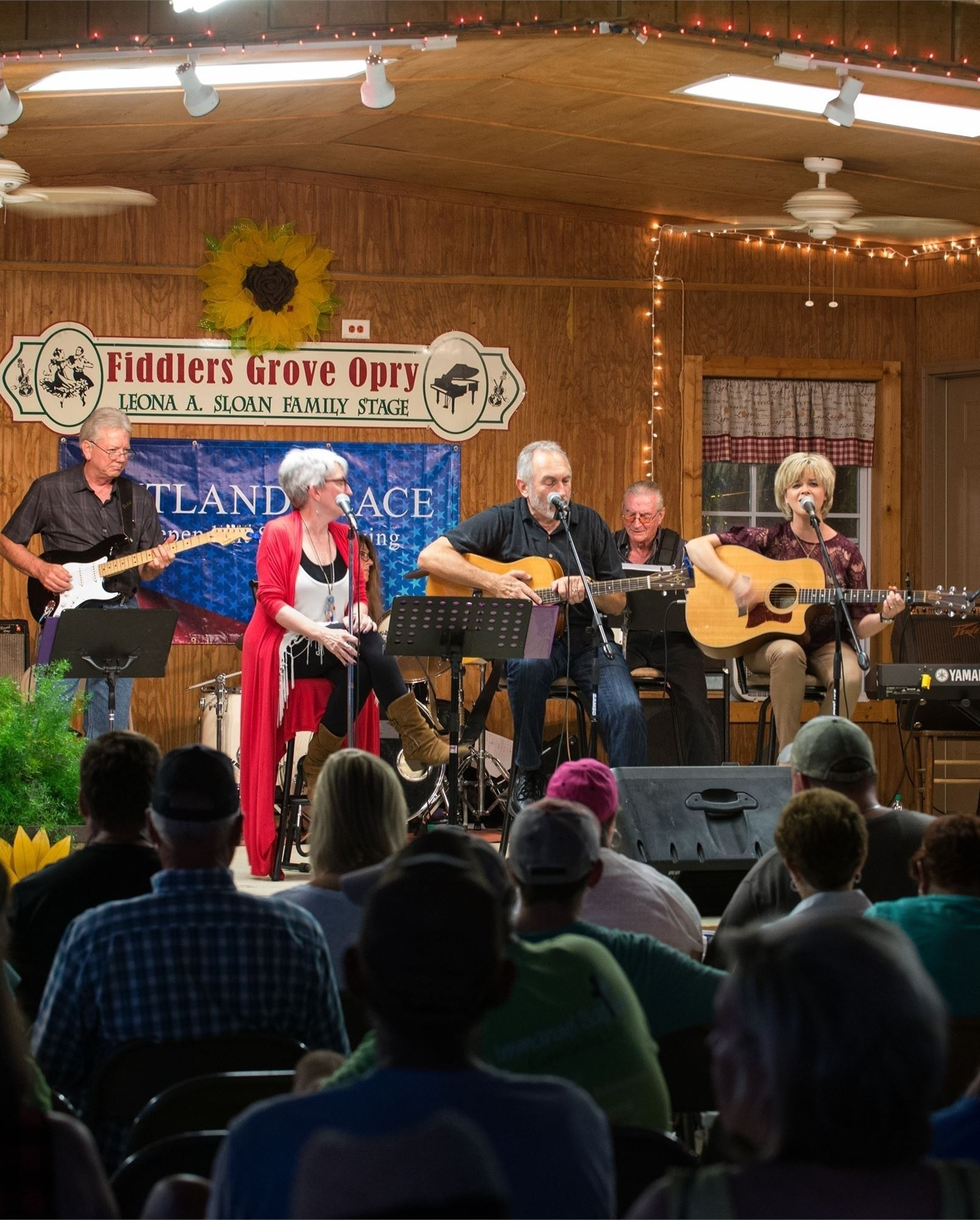 Fiddlers Grove Opry