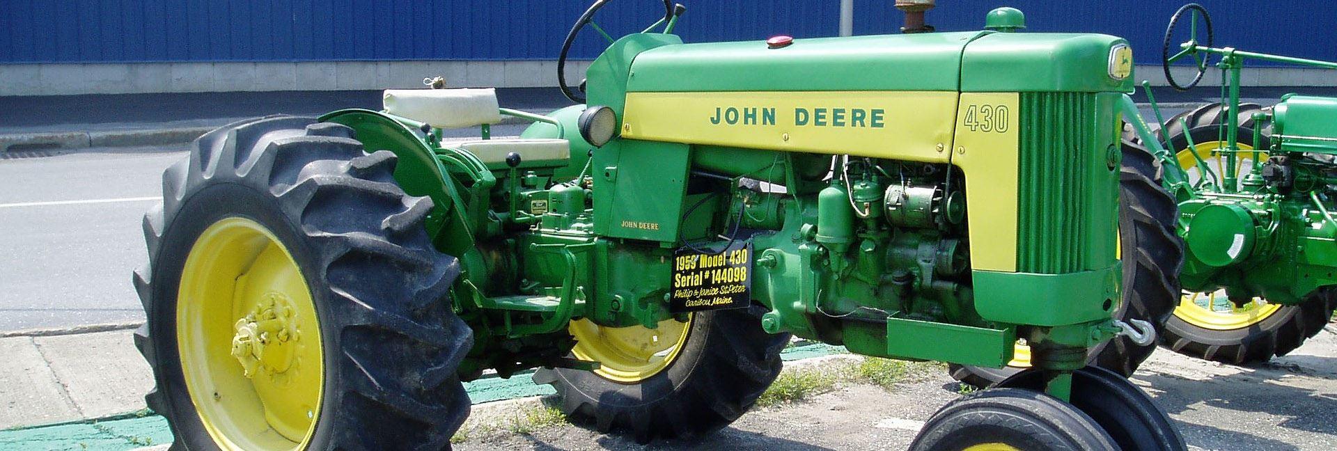 Antique & Farm Stock Tractor Pull