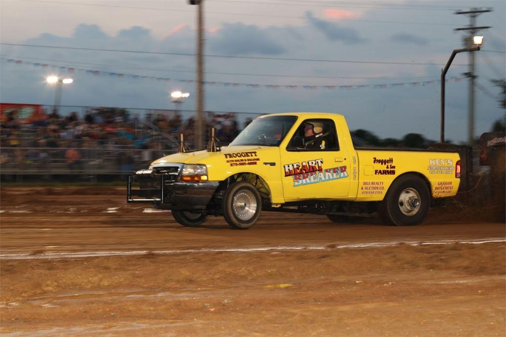 Super Tractor & Truck Pull