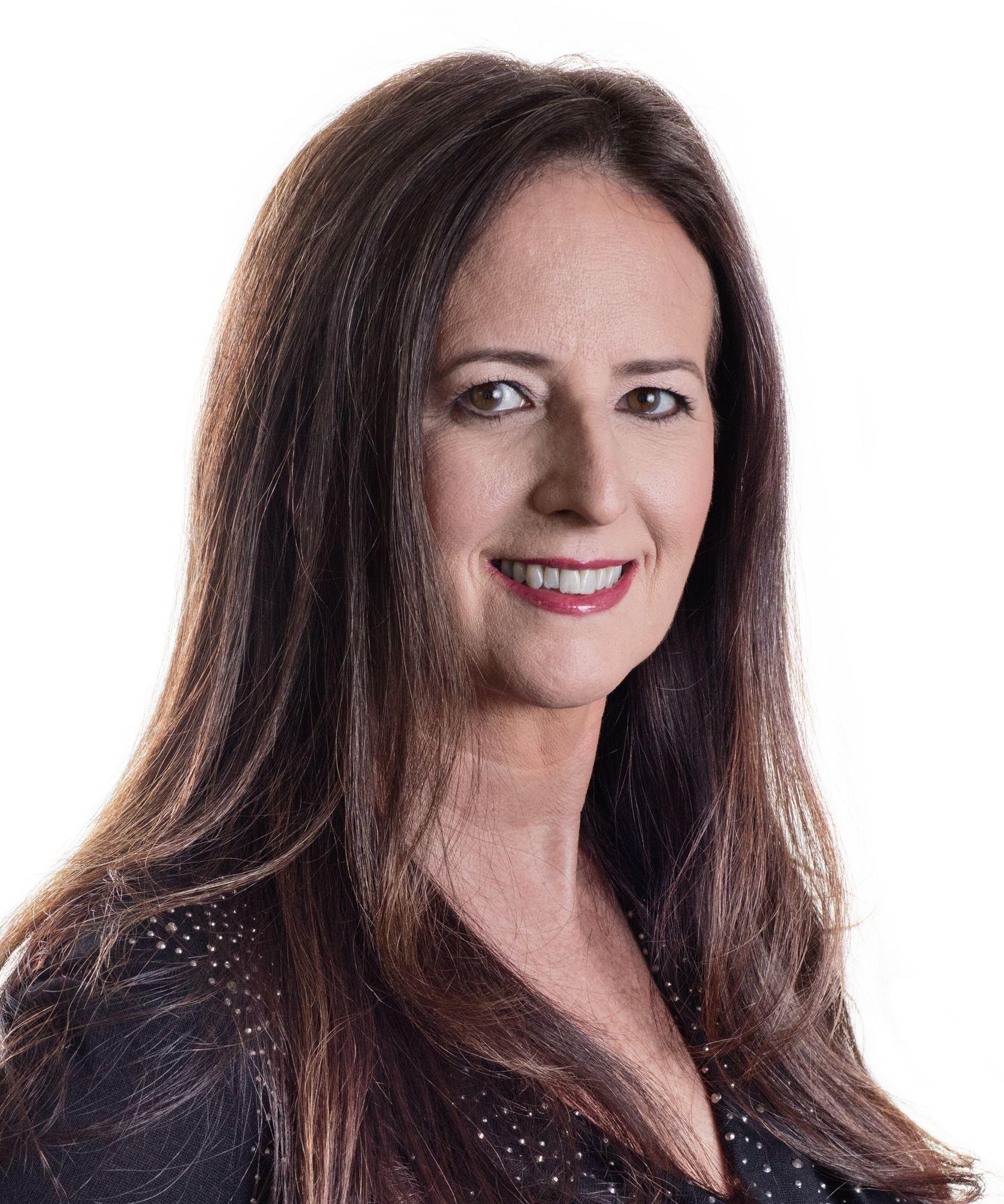 Stephanie Earthman Baird